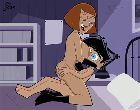 rule 34 animated danny fenton danny phantom incest madeline fenton mother and son nude on bed