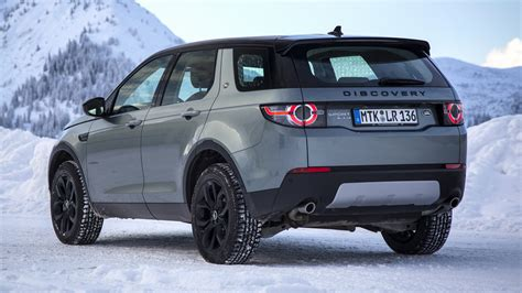 land rover discovery sport hse black design pack