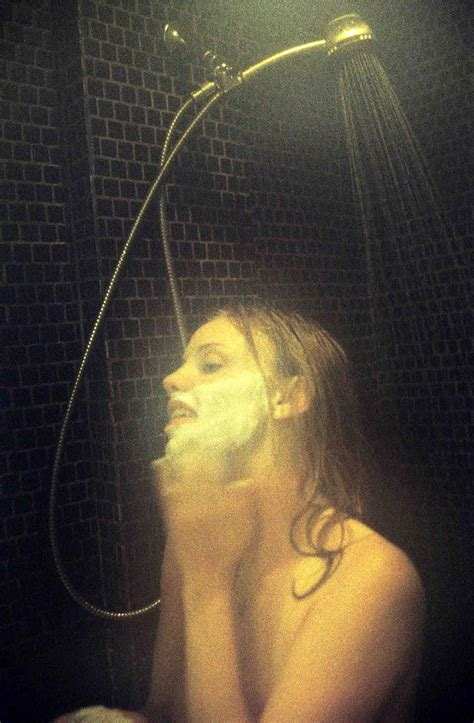 Actress Kelli Garner Nude And Hot Leaked Photos New 15 Pics