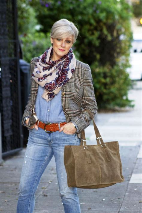 15 Women Fashion Ideas Over 50 To Try Older Women