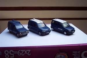 Garage Citroen Melun : photos de miniatures de v hicules d 39 urgence page 90 auto titre ~ Gottalentnigeria.com Avis de Voitures