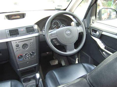 2003 Opel Meriva Photos