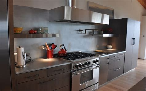 backsplash in kitchen 16 best waterfall countertops images on 5820
