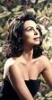 Morena Baccarin - IMDb