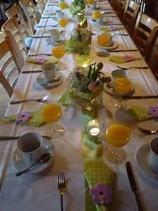 Tischdeko Frühling Geburtstag : tischdeko mit tulpen festliche tischdeko ideen mit fr hligsblumen table decorations decor ~ A.2002-acura-tl-radio.info Haus und Dekorationen