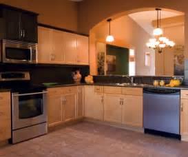 light maple kitchen cabinets kitchen craft cabinetry