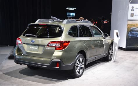 2018 Subaru Outback Changes by 2018 Subaru Outback Subtle Changes 2 12