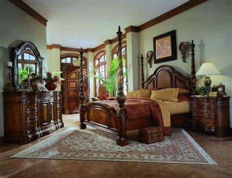 Luxury Mediterranean Master Bedroom Designs