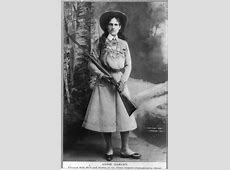 That Time Annie Oakley Offered to Put Together an All