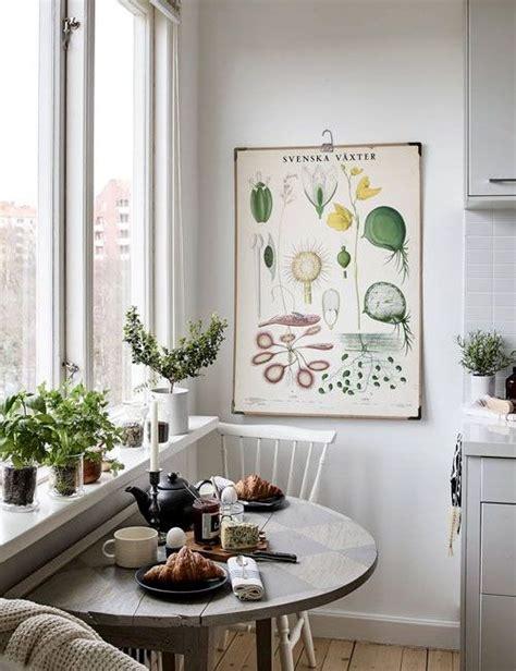 small apartment kitchen table best 25 small kitchen tables ideas on studio