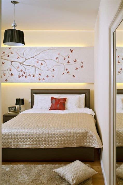 kleines schlafzimmer braun ideen schlafzimmer ideen gestaltung feng schui anmutend beige