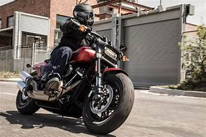 Harley Fat Bob : 2019 fat bob sys harley davidson ~ Medecine-chirurgie-esthetiques.com Avis de Voitures