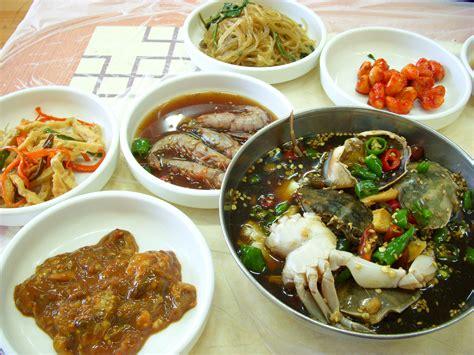 file cuisine ganjang gejang and banchan 01 jpg