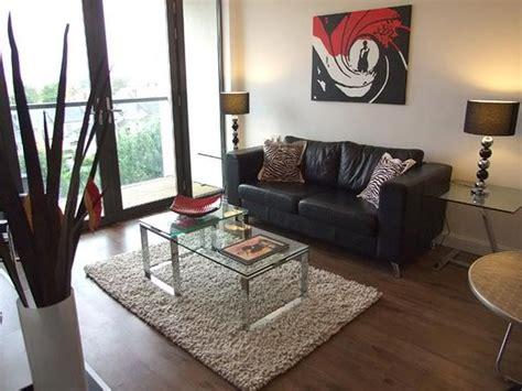 Simple Living Room Decorating Ideas Pict  Home Design Ideas