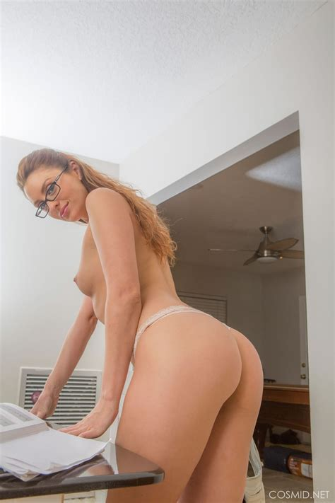 April Sutton Naked With Glasses Sexy Naked Redhead