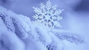 Snowflake wallpaper - 1070116
