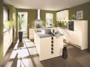 küche u form mit theke die küche in u form mit insel viel platz und gestaltungsmöglichkeiten
