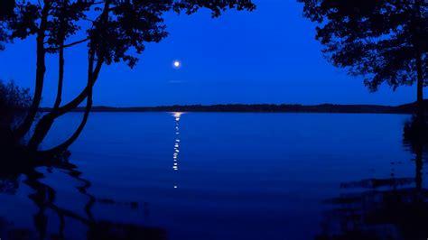 Night Reflection Lake Wallpaper 532 1600x900