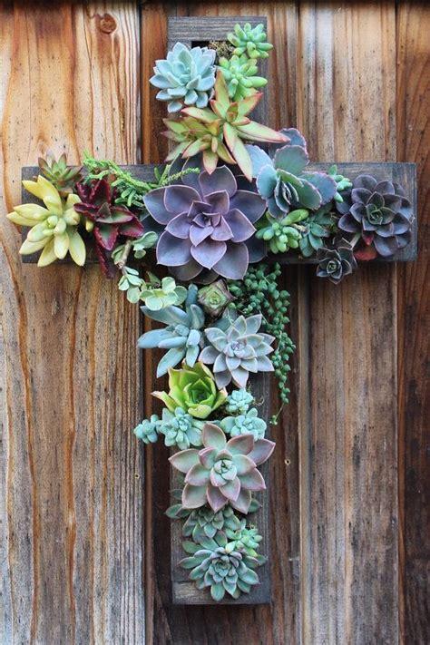 Vertical Succulent Garden by Best 25 Vertical Succulent Gardens Ideas On