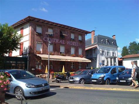 restaurant st jean pied de port hotel central jean pied de port voir les tarifs 21 avis et 15 photos