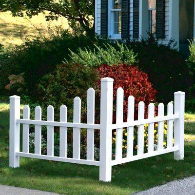 cloture decorative pour jardin comment construire une cl 244 ture de jardin en lattes