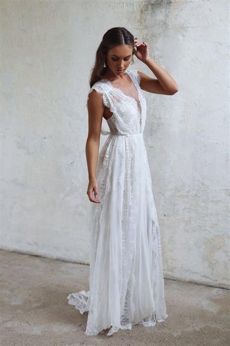 Grace Loves Lace Presents the Dress of your Dreams   MODwedding