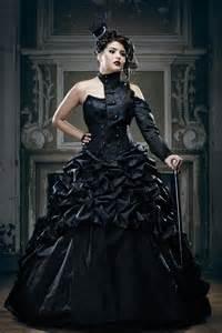 schwarze brautkleider schwarze brautkleider farbige brautmode und ausgefallene abendmode hochzeitskleid