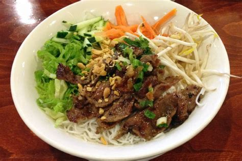 pho cuisine photo grilled beef vermicelli from restaurant
