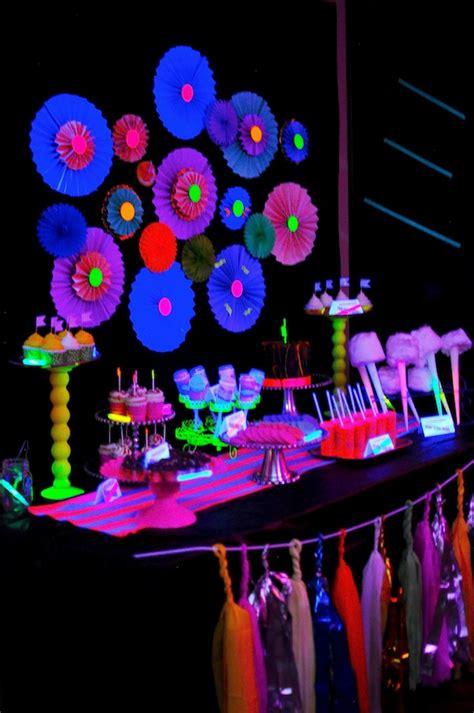 Kara's Party Ideas Neon Glow In The Dark Teen Birthday