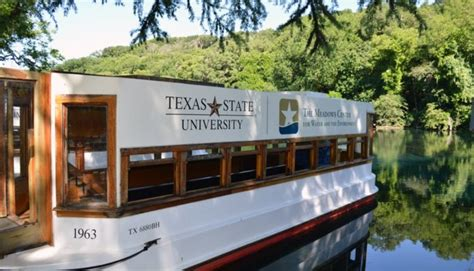Glass Bottom Boat San Marcos Tx by San Marcos Newly Renovated Glass Bottom Boat Takes Its