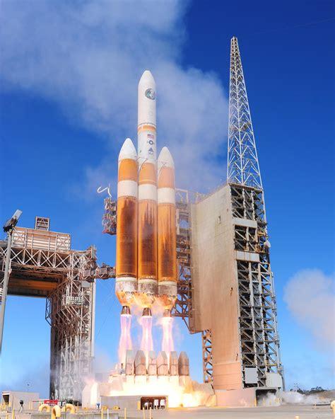 Heavy-lift launch vehicle - Wikiwand
