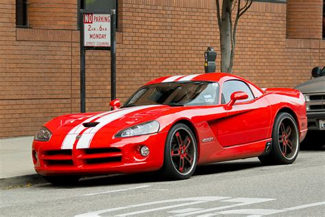 how things work cars 2001 dodge viper navigation system file san francisco dodge viper srt 10 jpg wikimedia commons