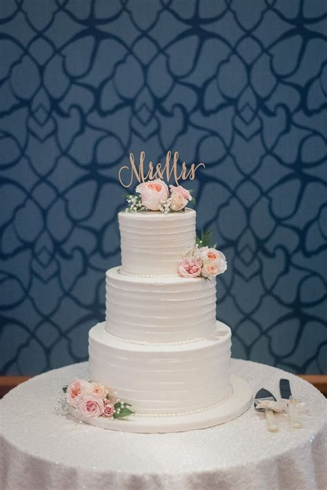 Best 25 Wedding Cake Simple Ideas On Pinterest Wedding
