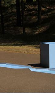 3D installation (Painting+cube) on Behance