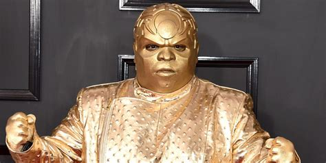 funniest tweets  ceelo greens gold grammys outfit