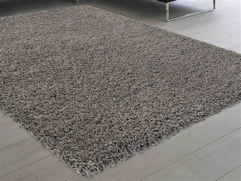 tapis shaggy poil long 100 polypropyl 232 ne douceur taupe