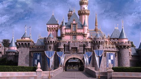 Castle Background Disney Castle Wallpaper Hd Wallpapersafari