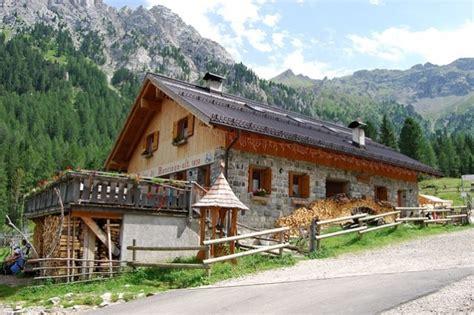 baite con camino 9 siti per prenotare una baita in montagna