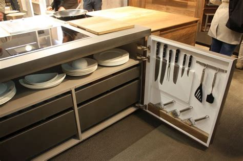 maximize kitchen storage clever design features that maximize your kitchen storage 4041