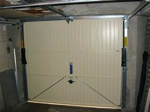 Porte De Garage Basculante Sur Mesure : porte basculante garage garage porte de garage basculante sur mesure castorama ~ Melissatoandfro.com Idées de Décoration