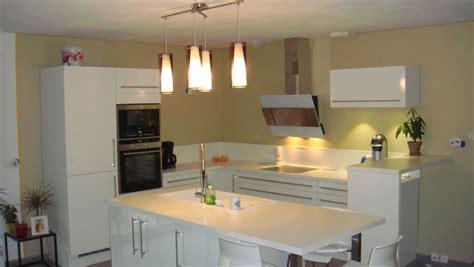 couleurs de peinture pour cuisine idees de combinaisons couleurs cuisine moderne