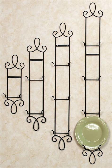 augusta vertical petite wall plate rack decoracion en hierro esculturas de alambre  muebles