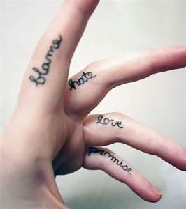 Tatouage Sur Doigt : dans cette galerie regardez en images une s lection des plus beaux tatouages pour femme toutes ~ Melissatoandfro.com Idées de Décoration