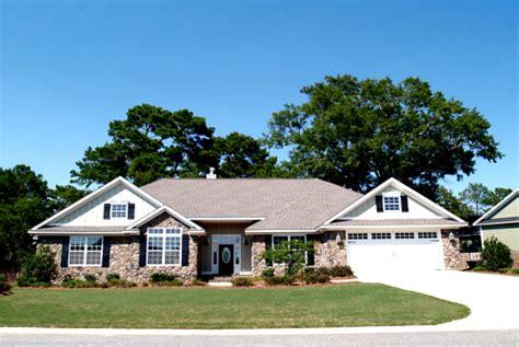 single level homes single level vs two story home