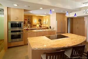 Gray kitchens on granite countertops giallo
