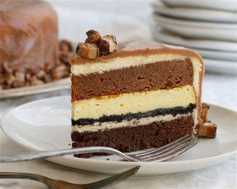 decadent  layer cake milky  cake white chocolate