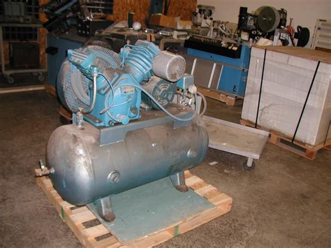 lot 60 ingersoll rand type 30 model 253 5 hp air compressor with 80 gallon tank wirebids