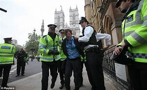 Royal Wedding security: Scotland Yard breathe sigh of ...