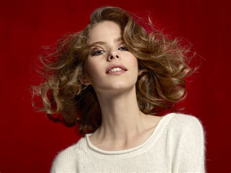 Elegant bob hairstyle with waves