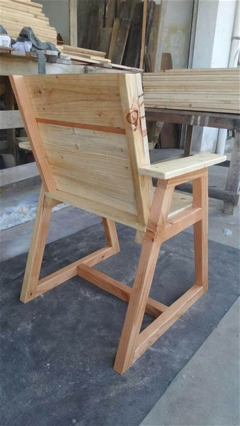 pallet chair  trapezoid legs  pallets